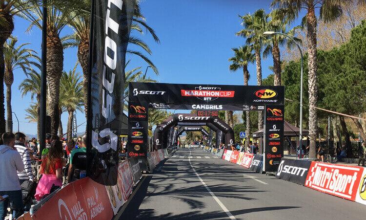 Cprint impresión lona gran formato carrera ciclismo Cambrils